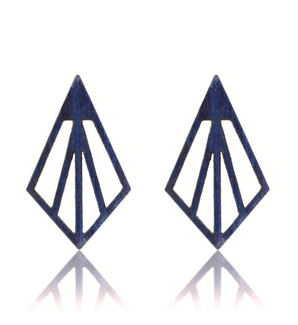 Arrow in Blue Tulip