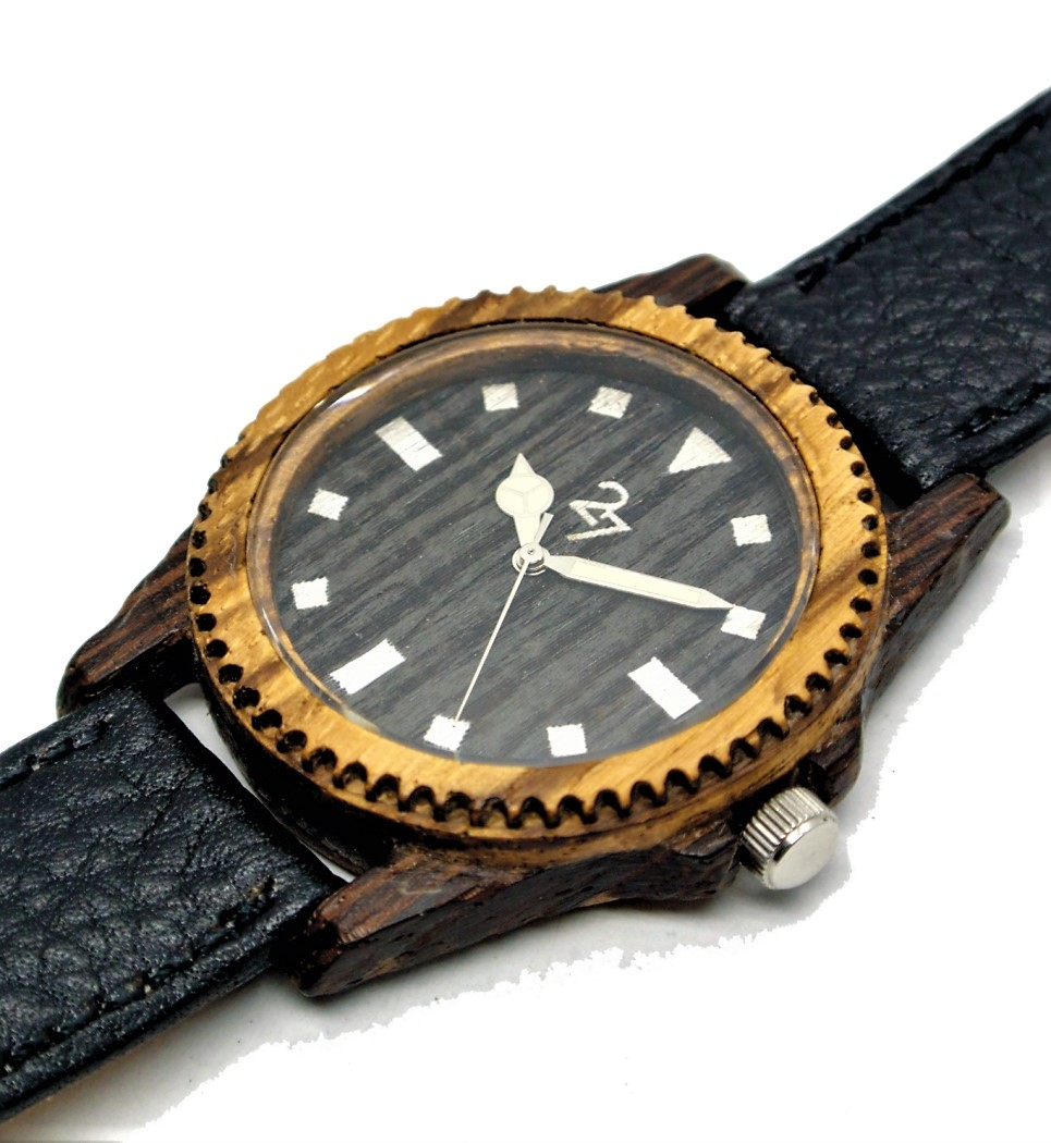 Yatch40 in Wenge and Zebrano